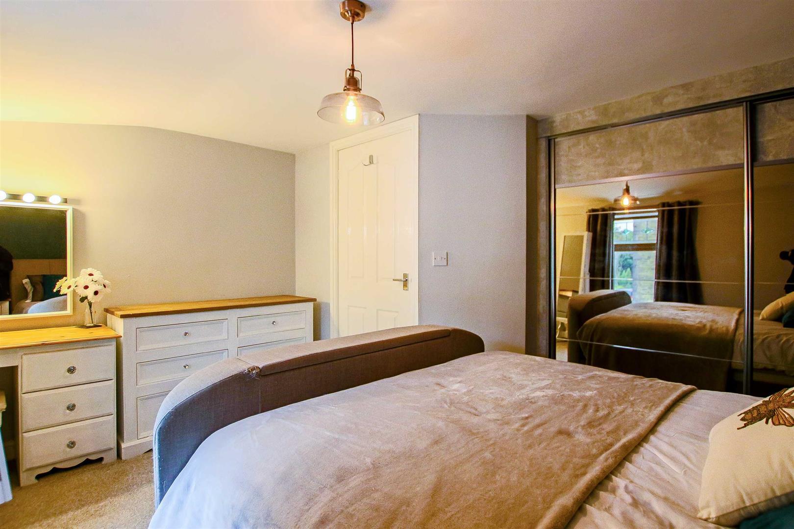2 Bedroom Terraced Cottage For Sale - Image 21